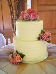 Buttercream Wedding Cake Auckland 395 Flowers Supplied By Client And From Bay In Browns