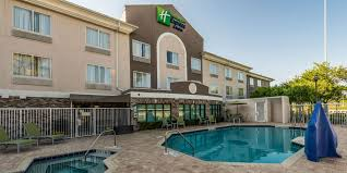 Atlantic Bedding And Furniture Jacksonville Fl by Holiday Inn Express U0026 Suites Jacksonville Blount Island Hotel By Ihg