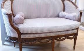 odeur de pipi de sur canapé grand odeur pipi chien canapé tissu artsvette