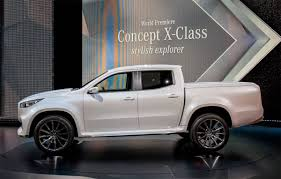 Novo Mercedes Benz X Class Do Recolhimento 2019 2020 Os Primeiros ... Mercedesbenz Introduces Two Pickup Truck Concepts The Xclass Is Mercedesbenzs Firstever Pickup Truck Equity X Class With A Camper Insidehook Monster Is A 6x6 Carbon Fiber Maxim High Fashion Living Reveals Midsize Concept Photo Image First Of New Kind From 6wheel Mercedes Custom Of Your Nightmares Yes Theres Heres Why Meets Lifestyle Hicsumption