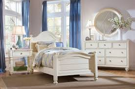 Elegant White Traditional Bedroom Furniture Affordable White