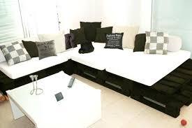 palette canapé canape lit palette canapac noir et blanc fabriquac avec du bois de