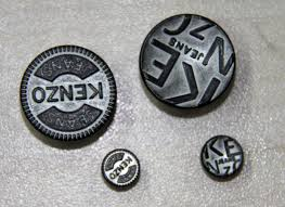 free custom clothing buttons plated with embossed logo