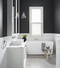 faire une salle de bain dans une chambre idee peinture carrelage salle de bain tinapafreezone com