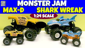 100 Shark Wreak Monster Truck SHARK WREAK MAXD 124 Scale Jam S YouTube