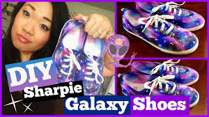 Decorating Fabric With Sharpies by Diy Sharpie Galaxy Shoes Craftieangie Youtube