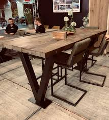 bartisch oder stehtisch mit tischplatte aus massiver alter
