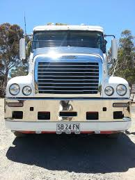 100 Century Trucking The Worlds Best Photos Of Dog And Freightliner Flickr Hive Mind