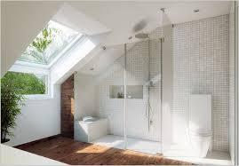 das badezimmer mit dachschräge tipps wenn die grundfläche