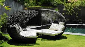 Chic High End Modern Outdoor Furniture Daybed Design Sculptural Collection