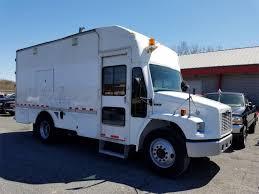 FREIGHTLINER FL70 Service | Mechanic | Utility Trucks For Sale ...