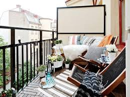 SMART IDEAS FOR YOUR SMALL APARTMENT BALCONY