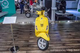 Vespa VXL 150 Yellow Front At Auto Expo 2016