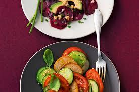 rote bete salat mit avocado