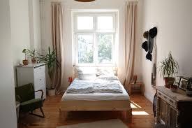 zum träumen gemütliches schlafzimmer in berliner