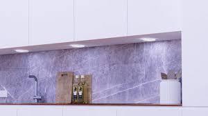 smarte beleuchtung für moderne küchen müller licht