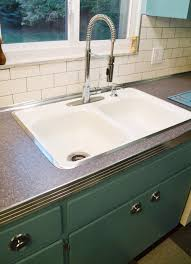 Vintage Metal Kitchen Cabinets With Sink by Can Annie Sloan Chalk Paint Transform These Kitchen Cabinets