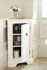 Tall Bathroom Cabinets Freestanding by Best 25 Corner Bathroom Storage Ideas On Pinterest Small
