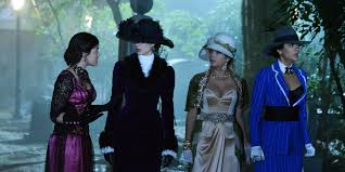 Pll Halloween Special Season 1 by How U0027pretty Little Liars U0027 Became The Best Dressed Show On Tv