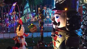 Christmas Tree Lane Fresno Ca by Upload Your Holiday Light Displays Kmph