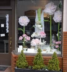 vitrine fete des meres fleuriste decoration vitrine fete des meres les vitrines