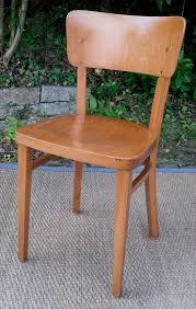 chaises thonet quatre chaises thonet anciennes dossier plein cintré fabriquées en