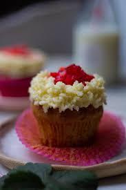 Eggless Strawberry Cupcakes Recipe