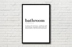 badezimmer definition bedeutung zitat wand kunstdruck poster toilette schwarz und weiß geschenk idee home decor inspirierende motivierende
