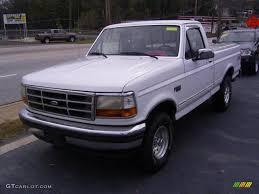 100 1995 Ford Truck Oxford White F150 XLT Regular Cab 4x4 25415333 GTCarLot