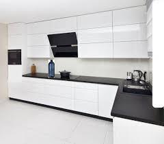 küche eckküche weiß grifflos glanz hochglanz soft