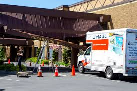Driver Crashes U-Haul Truck Into Awning Of Yakima Hotel | Local ... Uhaul Truck Editorial Stock Photo Image Of 2015 Small 653293 U Haul Truck Review Video Moving Rental How To 14 Box Van Ford Pod Free Range Trucks And Trailers My Storymy Story Storage Feasterville 333 W Street Rd Its Not Your Imagination Says Everyone Is Moving To Florida Uhaul Van Move A Engine Grassroots Motsports Forum Filegmc Front Sidejpg Wikimedia Commons Ask The Expert Can I Save Money On Insider Myrtle Beach Named No 25 In Growth City For 2017 Sc Jumps