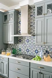 kitchen backsplash floral pattern ceramic tile kitchen