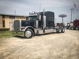 USED 2007 PETERBILT 379EXHD LEGACY CLASS TANDEM AXLE SLEEPER FOR ... 379 Long Nose Peterbilt Show Truck From Miami Youtube 2001 Big Rig Complete Rebuild And Restoration Get The Ldown On Ashley Transports 2007 Called Which Is Better Or Kenworth Raneys Blog Ab Weekend 2006 Protrucker Magazine Canadas Trucking The American Way 104 Where Rigs Rule Shell Rotella Superrigs 8lug Diesel Introduces Special Edition Model 389 News Used Peterbilt Exhd Tandem Axle Daycab For Sale In Ms 6898 These Stunning Took Cake At Latest Pride Polish 2004 For Sale Mcer Transportation Co Join Cars In Michigan