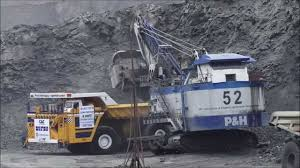 The Biggest Dump Truck In The World Working In A Mine - YouTube Buy Large Dump Trucks And Get Free Shipping On Aliexpresscom Caterpillar Cat 794 Ac Ming Truck In Articulated Pit Mine Large Dump Stock Photo 514340608 Shutterstock Truck Driving Up A Mountain Dirt Road West The Worlds Biggest Top Gear Dumping Copper Ore Into Giant Crusher Tri Axle Trucks For Sale Tags 31 Incredible 5 The World Red Bull Belaz 75710 Claims Largest Title Trend Biggest Dumptruck 797f Youtube Pin By Scott Lapachinsky Ford Big Rigs Pinterest