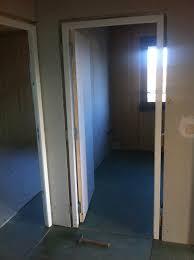 comment poser une porte de chambre je pose un bloc porte