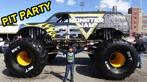 2017 Monster Jam World Finals XVIII Awesome Pit Party - YouTube 1974 Dodge 950 Vintage Truck Walkaround 2018 Truckworld Toronto Rejected Trucks At Gibson World White Sippertruck For Sale Orlando Florida Price 17600 Year Its Going To Be A Bumpy Ride The Knight Bus Complete With Monster Jam Over Bored Official 101one Wjrr Tug Of War Trucks Gone Wild Cowboys Youtube 14 Photos Auto Repair 3455 S Dr Used Sanford Lake Mary Jacksonville Tampa And Fire Department Skins Volvo Truck Euro Car Dealer In Kissimmee