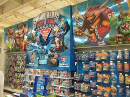 Skylanders Trap Team Toys R Us Display