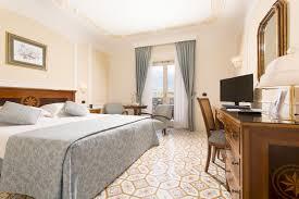 chambre royal chambres classiques grand hôtel royal à sorrente centre