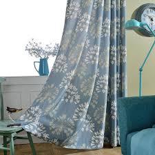 japanisch vorhang blau blumen muster design im schlafzimmer