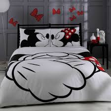 Mickey Mouse Queen Size Bedding by Amazon Com Disney Mickey U0026 Minnie In Love Queen Size Home
