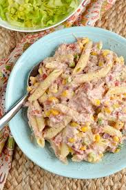 Stuck For Ideas Lunch Then Make Up A Tub Of This Delicious And Light Slimming World Tuna Pasta Salad Great Portable Meal