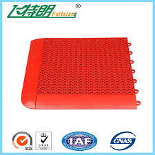 interlocking rubber floor tiles kindergarten playground plastic