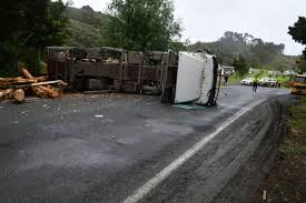 100 Logging Truck Accident SH15 Blocked At Twin Bridges By Log Truck Crash One Lane Now Open