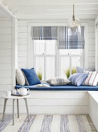 Nautical Style Living Room Furniture by Best 25 New England Decor Ideas On Pinterest Wainscoting