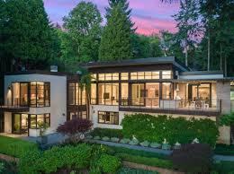 100 Modern Homes Magazine Luxury Real Estate Realtors Luxury Home