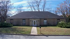 Sofa City Rogers Avenue Fort Smith Ar by Arkansas Realty Auction Commercial