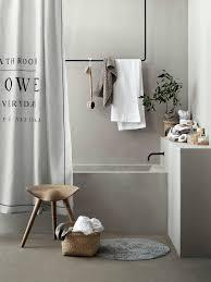 wie kann badetücher und handtücher schön aufhängen ohne