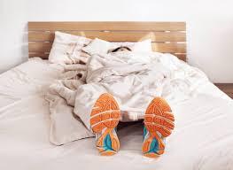 schlafen bei hitze mit diesen tipps klappt s garantiert