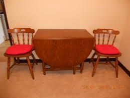 Here Is A Lovely Traditional Table Drop Leaf Gateleg Design Ideal For Folding Away To Save SpaceNicely Turned Legs And Stretchers