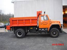 1988 International 4X4 Single Axle Dump Truck W/ Plow For Auction ... 1994 Gmc C7500 Topkick 5 Yard Single Axle Dump Truck Youtube 2010 Intertional 8600 For Sale 95994 2018 Isuzu Nrr Dump Truck 2834 Kenworth Ta Steel 7038 Used Trucks Freightliner Triaxle 9019 Ford Flatbed 11602 Vacuum Sales Service Equipment 1995 Ford L9000
